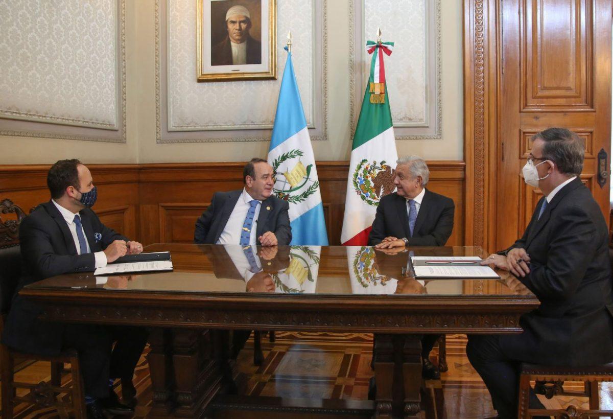 Andrés Manuel López Obrador anuncia que ampliará los programas sociales de México hacia Guatemala para frenar la migración