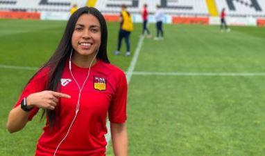 El espectacular golazo de Ana Lucía Martínez que se vuelve viral en un partido crucial para la Roma