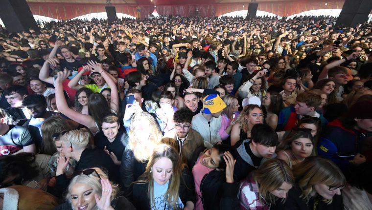 Un concierto fue el programa piloto para examinar formas de organizar eventos en un mundo posterior al covid-19. (Foto Prensa Libre: AFP)