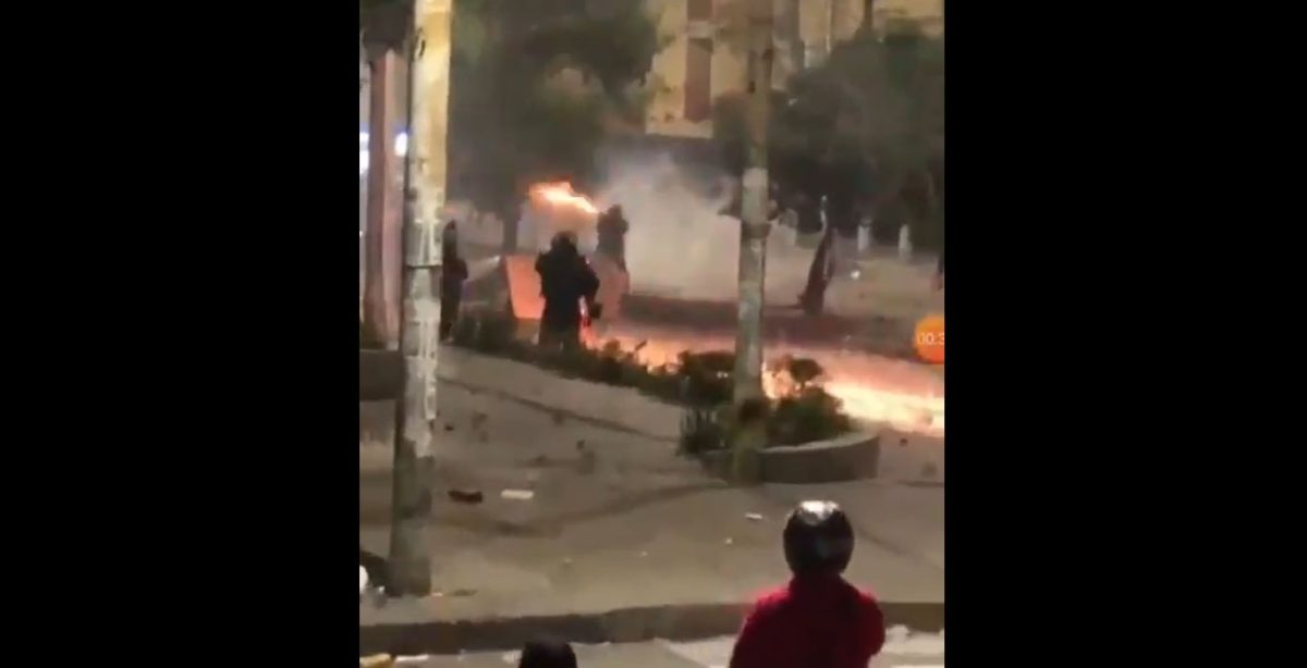 ¡De terror! Jugadores de River y Junior en shock por disturbios fuera del estadio Romelio Martínez debido a las protestas en Colombia