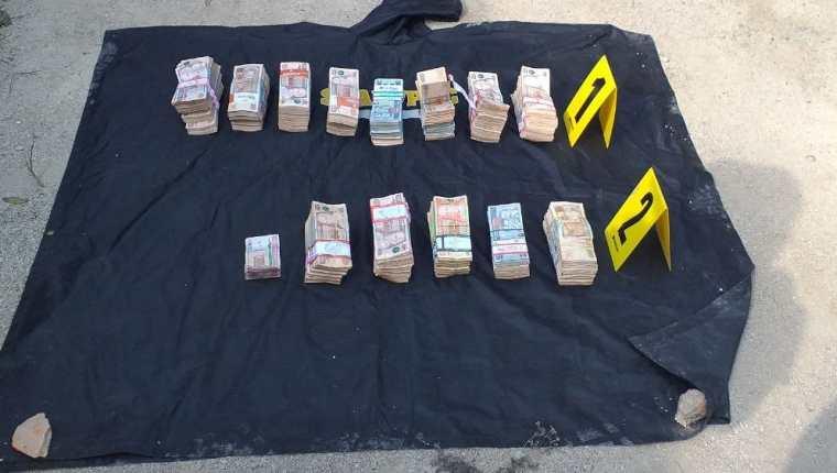 Quienes transportaban el efectivo no pudieron explicar el origen del dinero. (Foto: MP)
