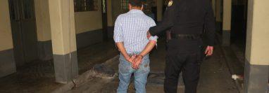 Un hombre fue aprehendido en Zacapa sindicado de haber causado la muerte de dos personas en Chiquimula. (Foto Prensa Libre: PNC)