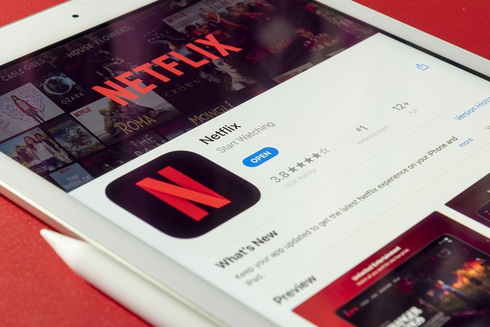 """Netflix: los códigos secretos para acceder a películas, series y documentales """"ocultos"""""""