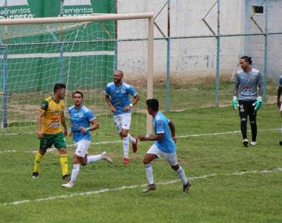Christopher Ramírez marca doblete y Sanarate se impone a Guastatoya en la ida de los cuartos de final