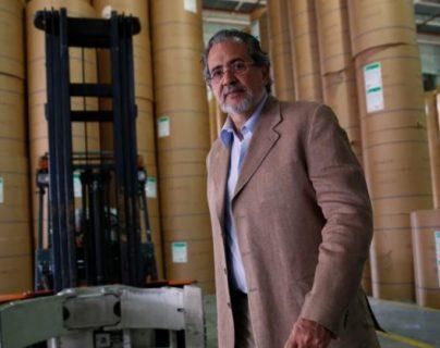 """El presidente editor del diario El Nacional califica embargo de sede como """"un atraco"""""""