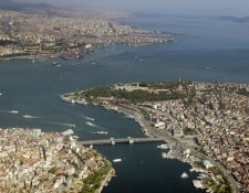 La ciudad de Estambul se extiende a ambos lados del Bósforo. Fotografía: BBC.