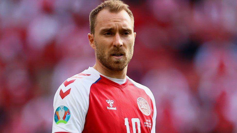 Christian Eriksen: cómo funciona el desfibrilador que le implantarán en el corazón al futbolista de Dinamarca