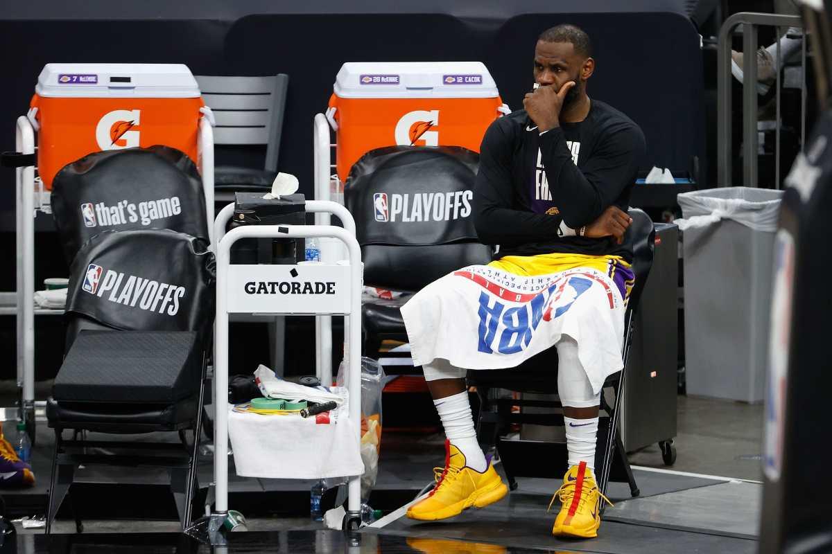 LeBron James entrega temprano la corona y sorprende con que no irá a los Juegos Olímpicos