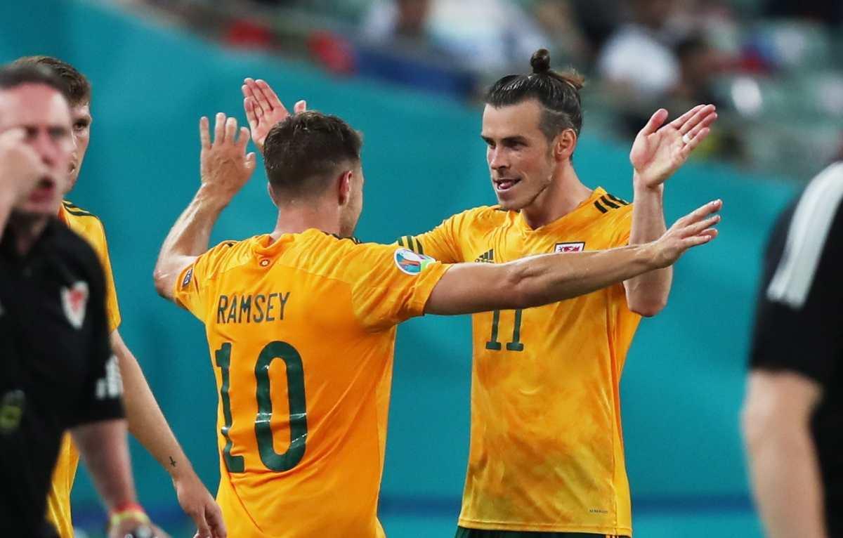 La sociedad Bale-Ramsey impulsa a Gales en la Eurocopa; vencen 2-0 a Turquía