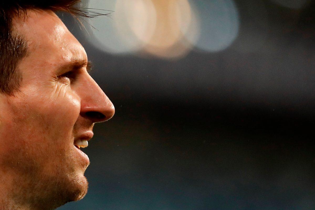 El PSG aprovecha para coquetear con Lionel Messi ahora que no tiene contrato