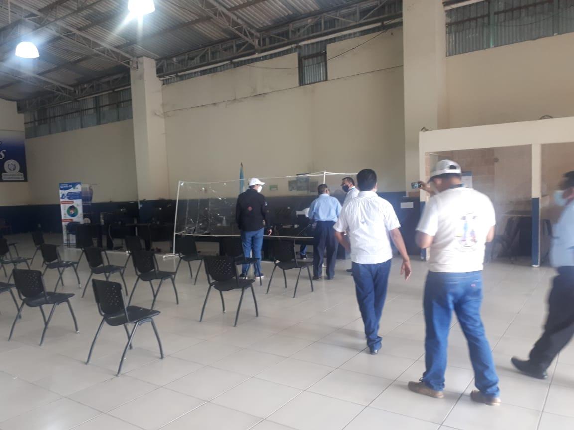 Migración verifica proceso de construcción de centro de atención para retornados en Tecún Umán