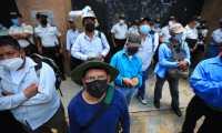 Veteranos retirados tienen previsto protestar en Guatemala este lunes, martes y miércoles. (Foto Prensa Libre: Carlos Hernández Ovalle)
