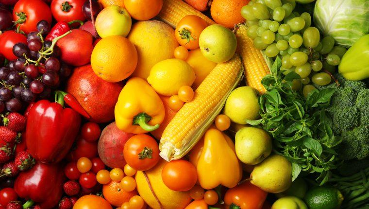 Los colores de las frutas y verduras guardan grandes valores nutricionales. (Foto Prensa Libre: Shutterstock)