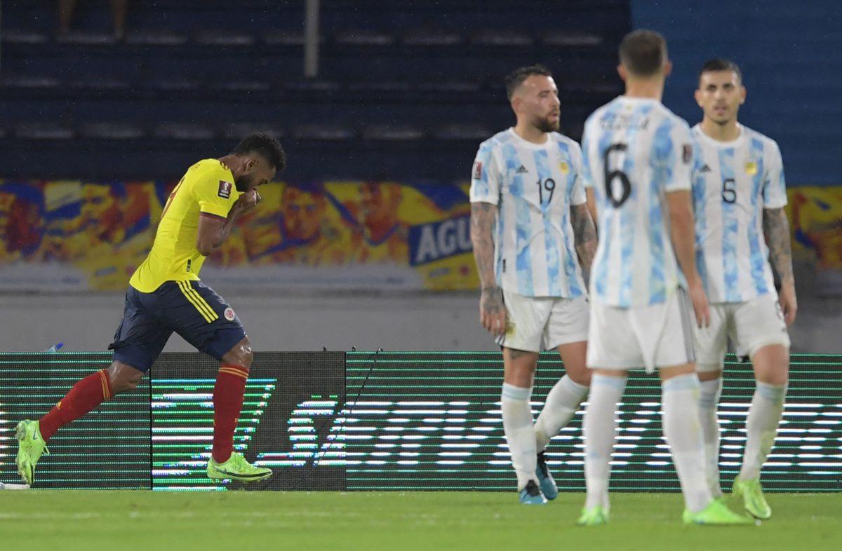 Argentina cede un agónico empate 2-2 ante Colombia en la eliminatoria a Qatar 2022