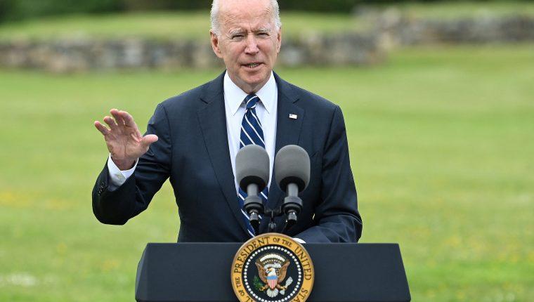 Durante su visita al Reino Unido, Joe Biden anunció la donación de 500 millones de vacunas, el mayor número jamás adquirido por un país.  (Foto Prensa Libre: AFP)