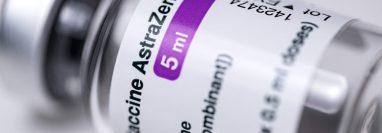 Esta donación de 150 mil dosis de AstraZeneca se acordó en la visita de Alejandro Giammattei a México. (Foto Prensa Libre: AFP)
