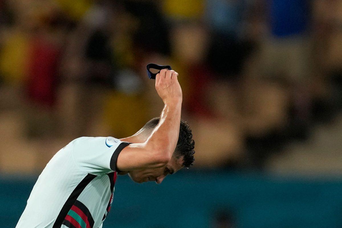 ¡Enojo y frustración! El gesto de Cristiano Ronaldo que se volvió viral después de la eliminación de Portugal