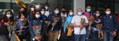 La delegación de Guatemala arribó el lunes al país, después de participar en el Centroamericano de Atletismo en Costa Rica. (Foto FNA).
