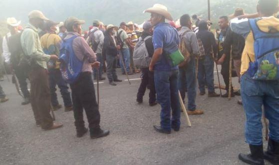 Veteranos militares bloquean este lunes varias rutas del país donde la movilidad se ve afectada