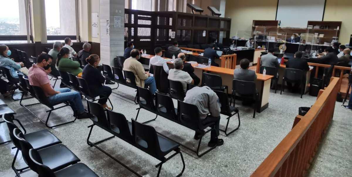"""Denuncian seguimiento a juez, fiscales, investigadores y querellantes del caso """"Diario Militar"""""""