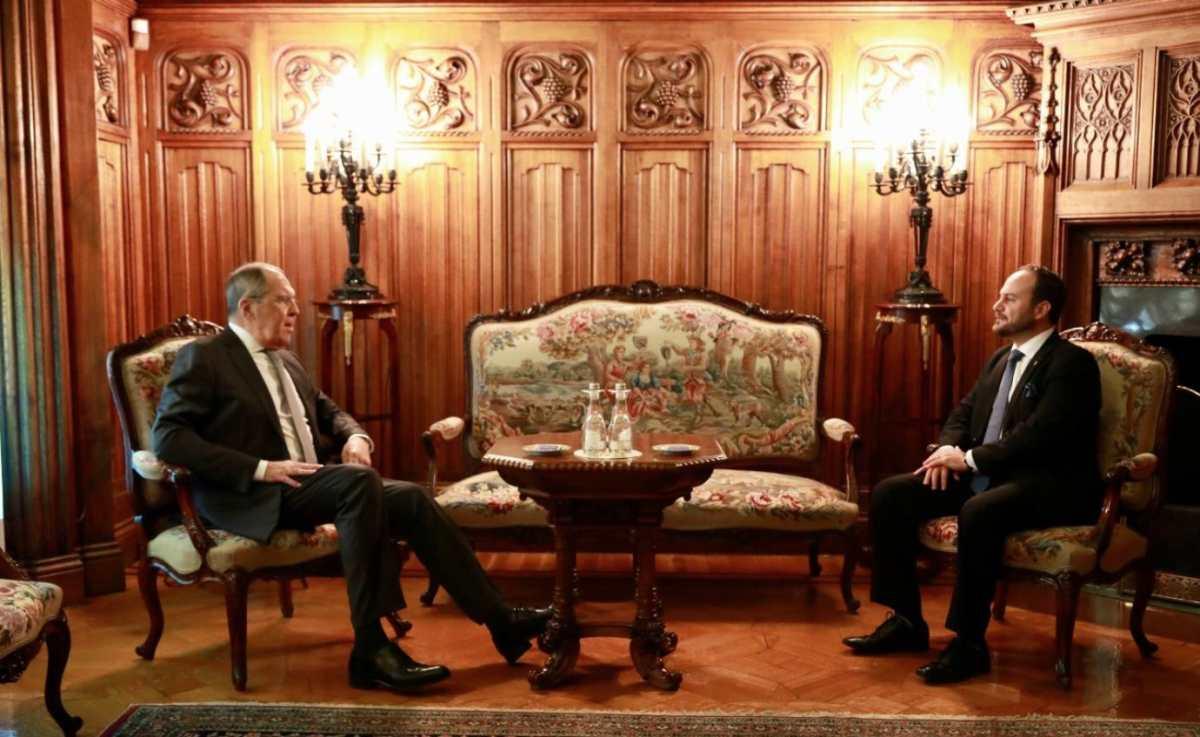 Rusia y Guatemala hablan sobre las vacunas Sputnik V, pero no informan sobre soluciones a retraso en entrega