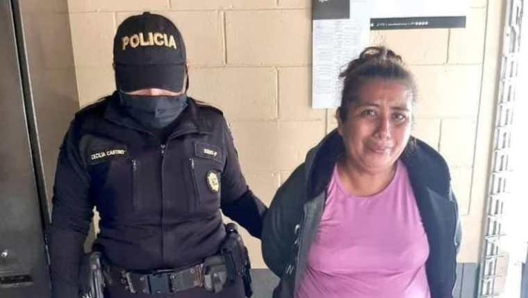 Sonia Esperanza González Cho y su hijo Sergio Rolando López González fueron enviados a juicio. (Foto Prensa Libre: PNC)