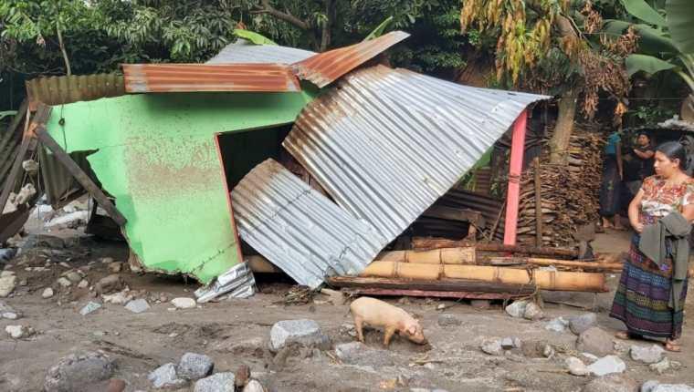 Río causa destrucción en la aldea Guineales, Santa Catarina Ixtahuacán, Sololá. (Foto Prensa Libre: Marvin Túnchez)