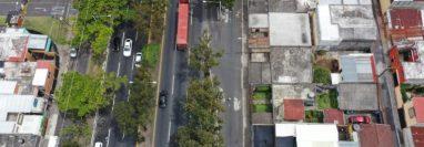 Área del Anillo Periférico donde se registra el hundimiento, en la zona 7 y colonia Centroamérica. (Foto Prensa Libre: Hemeroteca PL)