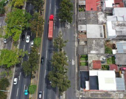 Cualquier área donde haya colectores o drenajes sin mantenimiento puede ser de riesgo