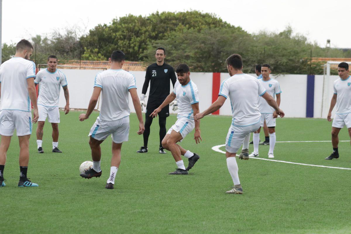 La Selección de Guatemala hace trabajo táctico con miras al duelo contra Curazao