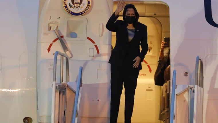 La vicepresidenta de Estados Unidos, Kamala Harris, llegó a Guatemala este domingo 6 de junio. (Foto Prensa Libre: Esbin García)