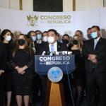 El presidente del Congreso, Allan Rodríguez, encabezó la presentación de dicha iniciativa de ley, cuenta con el respaldo de diputados de nueve bloques legislativos.  (Foto Prensa Libre: Congreso de la República)
