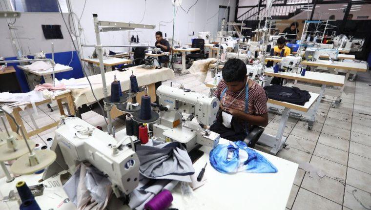 La industria de vestuario y textiles proyectó que exportarán unos cien millones de libras durante el 2021. (Foto Prensa Libre: Hemeroteca)