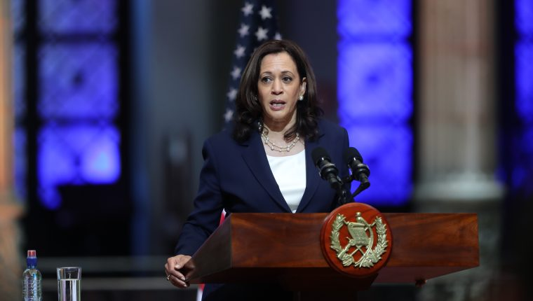 La vicepresidenta estadounidense anunció la creación de una entidad regional para combatir la corrupción en el país. (Foto Prensa Libre: Erick Avila)