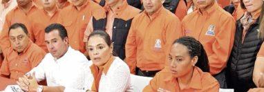 Funcionarios del extinto Partido Patriota durante una actividad. (Foto Prensa Libre: Hemeroteca PL)