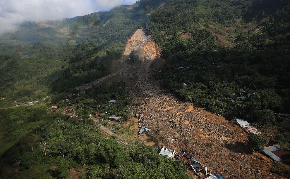 El triple impacto económico que golpea a familias de aldea Quejá, luego de declararla inhabitable