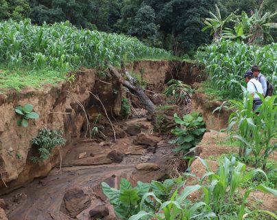 Libramiento de Chimaltenango: Agricultores exigen que se encaucen las aguas pluviales pues tienen pérdidas por inundaciones