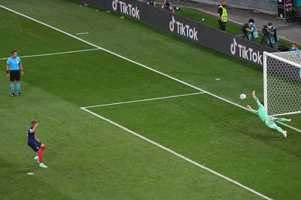Francia eliminada de la Eurocopa: el penalti que falló Mbappé y el partidazo que le dio a Suiza el pase a los cuartos de final