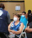 Guatemala continúa con la inmunización de la población ante el covid-19. (Foto Prensa Libre: Byron García)