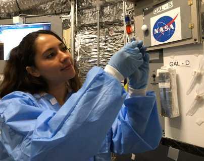 """""""El cielo no es el límite"""": la comunidad espacial mundial destaca a la guatemalteca Katherinne Herrera"""