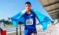 José Calel celebró este sábado 4 de junio del 2021 su clasificación a los Olímpico de Tokio. (Foto Federación de Atletismo).