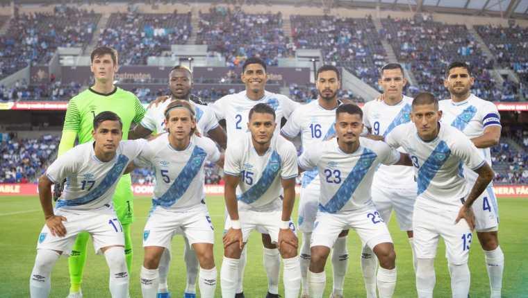 Este fue el XI titular de la Selección contra El Salvador. (Foto Prensa Libre: FEDEFUT)