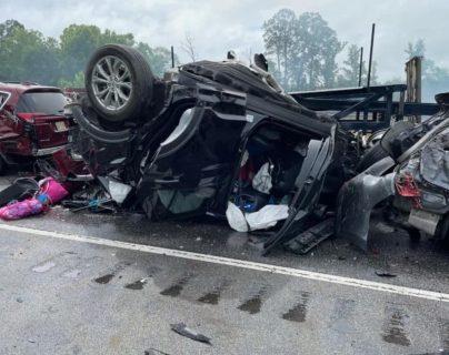 Nueve niños y un adulto mueren en accidente de tránsito en Estados Unidos en medio de tormenta