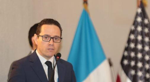 Nombran a Ángel Pineda como nuevo secretario general del Ministerio Público