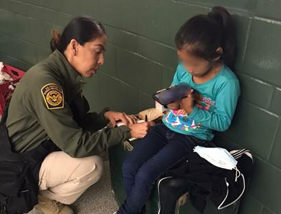 Guatemala de nuevo rompe récord de niños migrantes detenidos en la frontera sur de EE. UU.