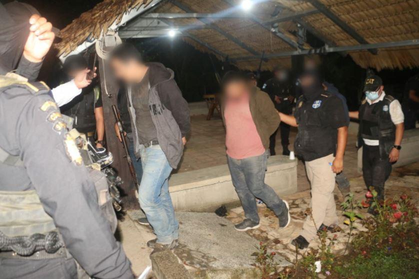 483 paquetes de cocaína incautados en Camotán, Chiquimula fueron valorados en Q55 millones y capturan a cuatro personas