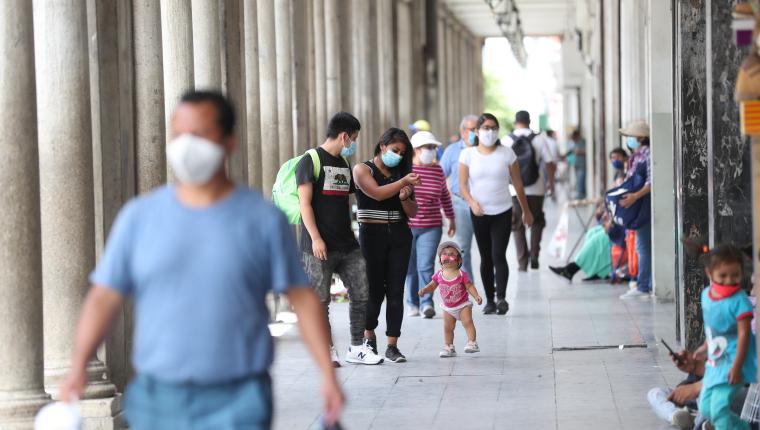 Aunque Guatemala convive con el virus del covid-19 dese hace más de un año, la estigmatización a los pacientes es real. (Foto Prensa Libre: Hemeroteca PL)