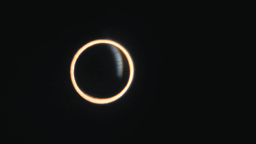"""Eclipse solar: Qué es el """"Anillo de Fuego"""" y cómo será este fenómeno astronómico del 10 de junio"""