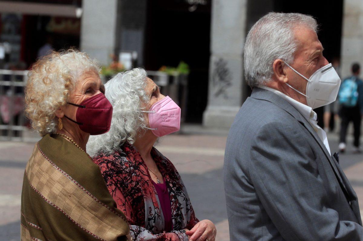Israel vuelve a usar mascarilla: el país que se jactaba de haber superado la crisis de covid-19 activa normas de prevención