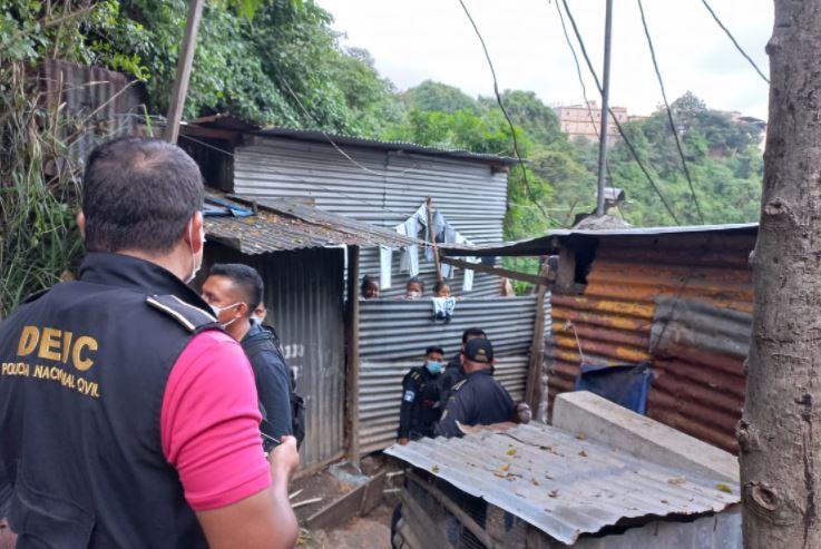 Capturan a madre de bebé rescatada en Villa Nueva por maltrato contra menores de edad